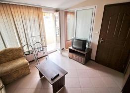 Двухкомнатная меблированная квартира возле пляжа в Несебре . Фото 4