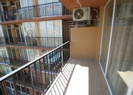 Недорогая двухкомнатная квартира в комплексе . Фото 12