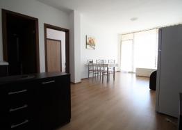 Недорогая двухкомнатная квартира в комплексе . Фото 3