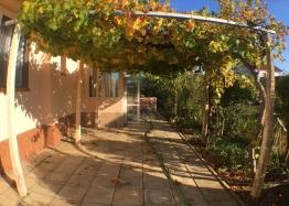 Двухэтажный капитальный дом в селе Оризаре. Фото 2