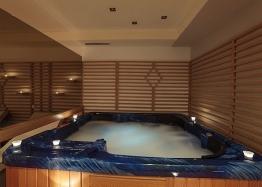 Двухкомнатная меблированная квартира с джакузи на Солнечном берегу. Фото 17