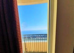 Трехкомнатная квартира с видом на море в комплексе на первой линии. Фото 6