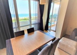 Квартира с фронтальным видом на море в роскошном комплексе. Фото 3