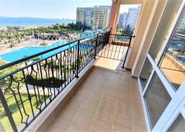 Квартира с фронтальным видом на море в роскошном комплексе. Фото 2
