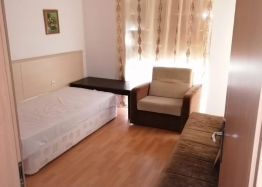 Трёхкомнатная квартира в центре Солнечного берега. Фото 7