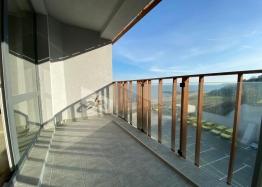 Купить двухкомнатный апартамент в Несебре на первой линии моря. Фото 9