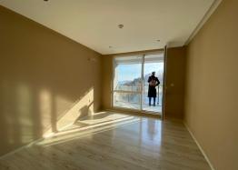 Купить двухкомнатный апартамент в Несебре на первой линии моря. Фото 6