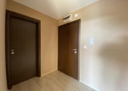 Купить двухкомнатный апартамент в Несебре на первой линии моря. Фото 12