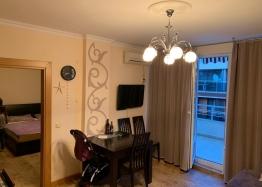 Двухкомнатная меблированная квартира в Поморие. Фото 2