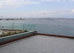 Панорамная квартира на первой линии моря в Несебре. Фото 21