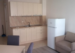 Продажа двухкомнатной квартиры в курорте Солнечный Берег. Фото 2