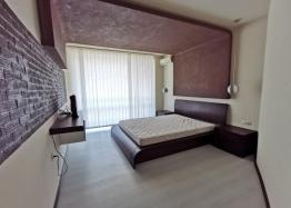 Просторная квартира с двумя спальнями в красивом комплексе. Фото 9