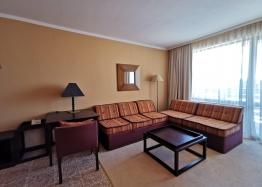 Апартамент с одной спальней с видом на море в люкс-комплексе на первой линии. Фото 12