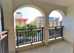 Просторная двухкомнатная квартира с видом на море в 50 метрах от пляжа. Фото 12