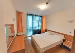 Отличная двухкомнатная квартира в здании без таксы поддержки на Солнечном Берегу. Фото 2