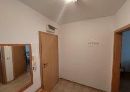 Отличная двухкомнатная квартира в здании без таксы поддержки на Солнечном Берегу. Фото 6