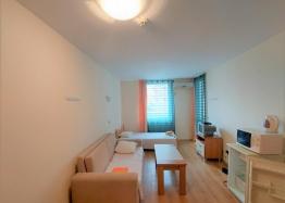 Отличная двухкомнатная квартира в здании без таксы поддержки на Солнечном Берегу. Фото 12