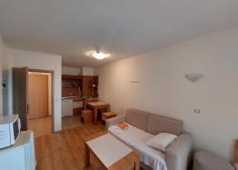 Отличная двухкомнатная квартира в здании без таксы поддержки на Солнечном Берегу. Фото 13