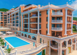 Трехкомнатная квартира с видом на море в новом элитном комплексе. Фото 1